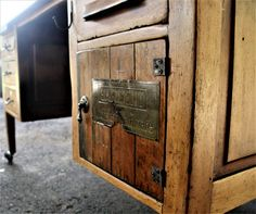 Farmhouse kitchen island [converted] Large Storage Bins, Farmhouse Kitchen Island, Large Desk, Door Handles, Hardware, Antiques, Home Decor, Antiquities, Antique