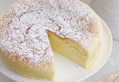Bine ati venit in Bucataria Romaneasca De ce ai nevoie pentru cheesecake japonez: 125 ml lapte 225 g crema de branza 75 g unt 6 galbenusuri 1 lingurita esenta de