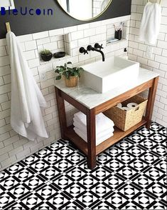 Remodeling A Small Shower Ideas Remodeling A Small Bathroom Remodeling A Small Bathroom With Tile 99 Small Master Bathroom Makeover Ideas On A Budget 47 Bathroom Renos, Bathroom Flooring, Bathroom Vanities, Bathroom Ideas, Bathroom Marble, Bathroom Remodeling, Modern Bathroom, Bathroom Designs, Remodeling Ideas