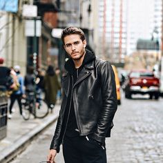 Choosing The Right Men's Leather Jackets – Revival Clothing Leather Jacket Outfits, Men's Leather Jacket, Leather Men, Leather Jackets, Biker Leather, Black Leather, Custom Leather, Men With Street Style, Men Street