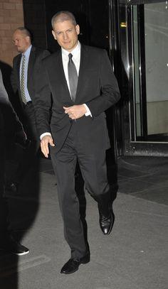 Nikolaj Shaw - Previously Calla's hired bodyguard. Now just a good friend.
