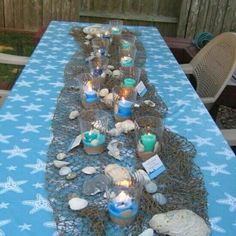 Table lay out for beach theme party