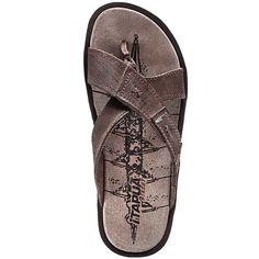Gents Slippers, Pleasures For Men, Male Feet, Kinds Of Shoes, Gentleman Style, Male Sandals, Men's Sandals, Men's Shoes, Flip Flops