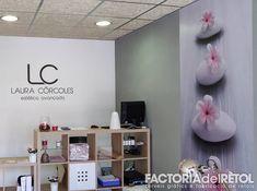 #lc #estetucaavançada #navarcles #retolacio #vinil #impressiodigital #factoriadelretol #wearefactoria @lc__esteticaavancada Shelving, Instagram, Home Decor, Vinyls, Homemade Home Decor, Shelves, Shelf, Open Shelving, Decoration Home