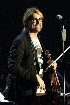 David Garrett His real glasses....