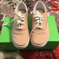 AWESOME WORN ONCE TAN BOAT SNEAKERS GREAT CONDITION TAN BOAT SNEAKERS WORN ONCE Grasshopper Shoes Sneakers