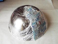Easy Painted Paper Mache Bowl by DIY Ready at  http://diyready.com/how-to-make-diy-paper-mache-bowl/