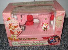 Vintage 1983 Strawberry Shortcake Sewing Machine Complete American Greetings