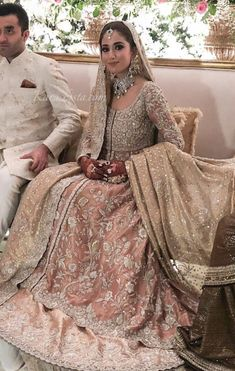 Engagement/ nikkah bride look inspo ( bride is wearing bunto kazmi ) Asian Bridal Wear, Asian Bridal Dresses, Bridal Mehndi Dresses, Nikkah Dress, Asian Wedding Dress, Shadi Dresses, Pakistani Wedding Outfits, Bridal Lehenga Choli, Pakistani Bridal Dresses