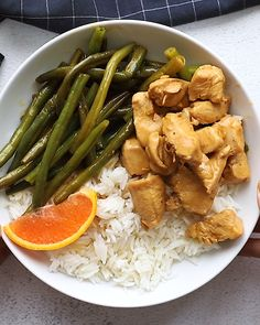 Recipes Snacks Videos This Instant Pot Orange Chicken is saucy, flavorful, and so easy to make! All you need is your Instant Pot and the ingredients and you will have delicious take-out-tasting orange chicken in less than 30 minutes! Healthy Meats, Healthy Meat Recipes, Clean Eating Recipes, Healthy Eating, Vegetarian Recipes, Fitness Meal Prep, Orange Chicken, Food Videos, Instant Pot