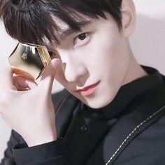 Park Hyung Sik, Handsome Actors, Handsome Boys, Jackson Wang, Asian Actors, Korean Actors, Virgo Pictures, Yang Yang Actor, Crush Pics