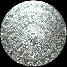 Mandala Domo orvieto. Cristais e swariviski efeito boreal. 80cm de diâmetro Valeriamandalas@hotmail.cm..