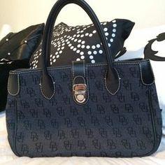 Dooney & Bourke Handbags - Authentic Dooney & Bourke Black Tote
