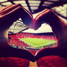I love Old Trafford Football Is Life, Football Team, Football Engagement Pictures, Manchester United Coach, Association Football, Football Stadiums, Football Wallpaper, Old Trafford, Great Team