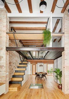 Sublime rénovation pour ce triplex à Barcelonne - Journal du Design
