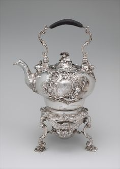 Teakettle and spirit lamp with stand Paul de Lamerie (British, active