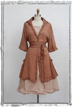 Summer 2012 Look No. 10 - Ivey Abitz (a giant dress can become a jacket) Vintage Inspired Outfits, Vintage Outfits, Beautiful Outfits, Cute Outfits, Maxi Skirt Tutorial, Everyday Steampunk, Coco Fashion, Bespoke Clothing, Kinds Of Clothes