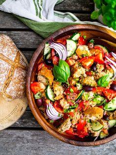 Panzanella    Discover Delicious    www.discoverdelicious.org    Vegan Food Blog