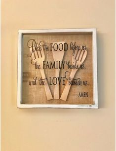 A collection of beautiful wall decor inspirations and DIY art. See more ideas about Affordable home decor, Bricolage and Diy ideas for home. Kitchen Wall Art, Kitchen Decor, Wooden Kitchen, Kitchen Wall Sayings, Diy Kitchen, Kitchen Rustic, Kitchen Nook, Country Kitchen, Kitchen Ideas