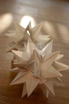 d co boules de no l en origami noel pinterest. Black Bedroom Furniture Sets. Home Design Ideas