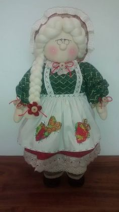 Mamá Noel Country Christmas, Christmas Art, Christmas Stockings, Christmas Wreaths, Christmas Decorations, Xmas Crafts, Diy And Crafts, Soft Dolls, Doll Patterns