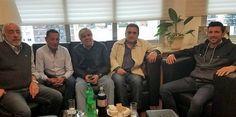 La Mesa Chica de la CATT ratificó su respaldo a la CGT   La CATT reafirmó su agenda de reclamos sectoriales  En el transcurso de esta mañana el sector estratégico de la Confederación Argentina de Trabajadores del Transporte (CATT) mantuvo una reunión en la sede de la UTA ubicada en el barrio de Once. Planteamos continuar con nuestra agenda de reclamos al Gobierno y respaldar al actual triunvirato de la CGT según indicaron desde la Confederación. De la reunión participaron Hugo Moyano…
