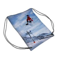 Design your own sports bag at www.bagsoflove.co.uk