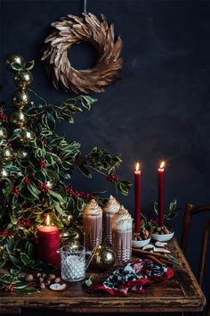 ⟪ New Year is coming: wonderful ideas for holiday table by Zara Home⟫ ◾ Фото ◾Идеи ◾Дизайн Bohemian Christmas, Blue Christmas Decor, Gold Christmas Decorations, Christmas Mood, Noel Christmas, Merry Little Christmas, All Things Christmas, Holiday Decor, Christmas Smells