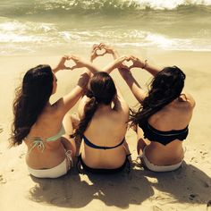 Best friend picture at the beach