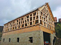 File:Fachwerkhaus Fachwerk (timber framing) under construction in 2013, Tirschenreuth.