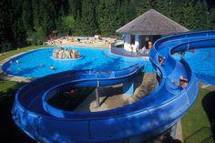 Waldschwimmbad neben dem Tennisplatz