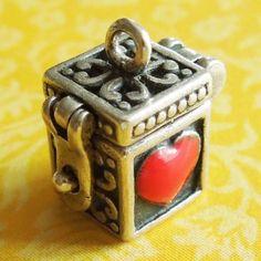 Vintage-Enamel-PRAYER-WISH-BOX-w-RED-HEART-HINGED-LID-Sterling-Silver-Charm