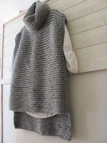 by cila: Lättstickad tröja........ Sweater made with 3 rectangular pieces. Free pattern. Translation required