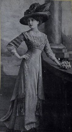 1909 dress from http://www.bibliothequedesartsdecoratifs.com/cgi-bin/visu_vignettes.pl?M5053MA_214B16X#
