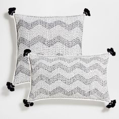 Embroidered zigzag cotton cushion cover