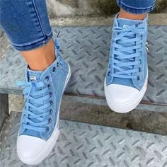 Canvas Sneakers, Slip On Sneakers, Shoes Sneakers, Nike Shoes, Nike Fashion, Sneakers Fashion, Fashion Shoes, Womens Fashion, Cropped Jeans