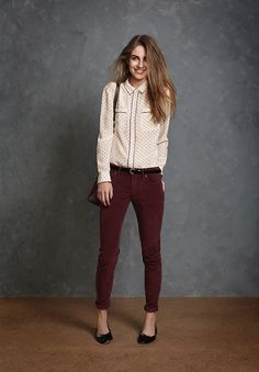 not crazy about the pockes. I have bootcut burgundy corduroy pants that I can wear instead of this style and I would wear my brown booties