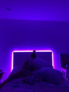 Vsco Isarzeno In 2019 Neon Bedroom Cute Room Decor Neon Bedroom, Small Room Bedroom, Room Ideas Bedroom, Bedroom Decor, Small Rooms, Neon Lights Bedroom, Small Spaces, Trendy Bedroom, Bedroom Wall
