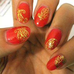 Gold nail art design - Arabian Swirl (Gold) Nail Water Decals | Sparkly Nails