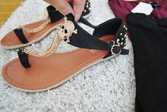skull sandals