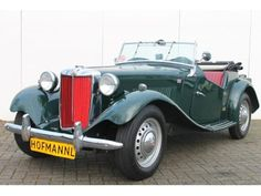 MG TD cabrio occasion kopen op AutoTrader Mg Cars, Red Interiors, Classic Cars Online, Retro Cars, Motor Car, Antique Cars, Green Cars, Chopper, Vehicles