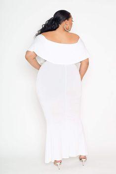 Flounce Off Shoulder Maxi Dress Buxom Couture Flounce Off Shoulder Maxi Dress in White Size Plus Size White Outfit, White Plus Size Dresses, White Gowns, White Dress, White Christmas Dress, Christmas Dress Women, Bodycon Dress With Sleeves, Dress Up, Tango Dress
