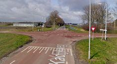 Andijk - En wederom was het raak op de meest beruchte kruispunt van West-Friesland, die van de Gedeputeerde Laanweg en de Kadijkweg. Aan het begin van de middag kwamen twee auto's met elkaar ...