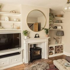 If you're looking for chimney breast and alcove ideas, you've come to the right place! There are so many ways you can decorate your chimney breast and alcoves affordably and practically, here's some examples. 1930s Living Room, Victorian Living Room, Cottage Living Rooms, New Living Room, Home And Living, 1930s House Interior Living Rooms, 1930s House Interior Ideas, Living Room Decor Uk, 1930s Home Decor