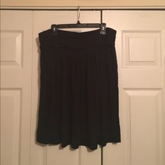 "Lane Bryant Plus Size Black Skater Skirt The perfect skater skirt! With an elastic waistband and versatile color, you'll never want to take this skirt off. 25"" long. Lane Bryant Skirts Circle & Skater"