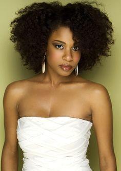4 idées de coiffures professionnelles sur cheveux crépus – Nana'Secret Box