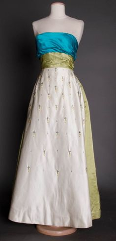 TRI-COLORED STRAPLESS BALL GOWN, 1960s