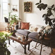 🌿Only one more day until Christmas. Who is doing their last minute shopping? Cozy space to dissipate your mind from so much… Bohemian Interior, Bohemian Decor, Interior Styling, Interior Decorating, Interior Design, Hygge Home, Days Until Christmas, Cozy House, Modern Architecture