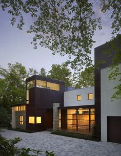 Built by Robert Gurney Architect in Annapolis, United States with date 2009. Images by Hoachlander Davis Photography. This house, located in Annapolis, Maryland, is built on the foundation of a 1960s post and beam modern house. The fou...