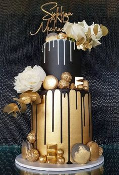 Yummy And Trendy Drip Wedding Cakes ★ drip wedding cakes modern drip cake lavish occasions Boys 18th Birthday Cake, Birthday Cake For Him, Elegant Birthday Cakes, 40th Birthday Cakes, Black Wedding Cakes, Gold Wedding, Wedding Bride, Wedding Ideas, Bolo Floral